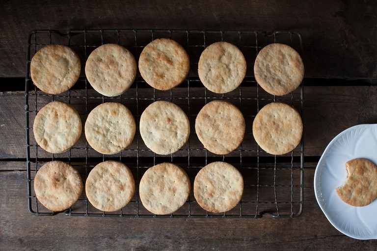 What are Rich Tea Biscuits and How to Bake Them