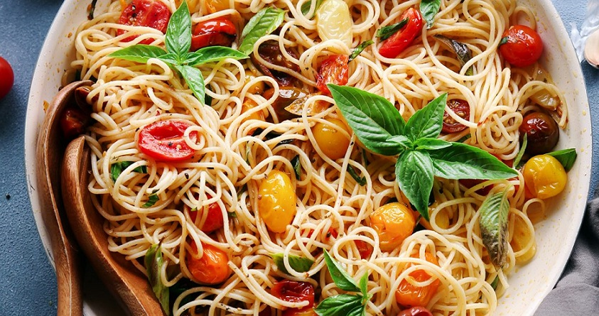 What to Put on Pasta to replace Tomato Sauce